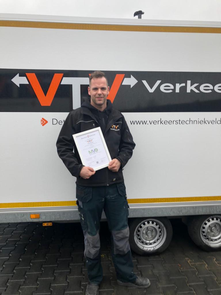 Verkeerstechniek Velddriel haalt MVO Keurmerk